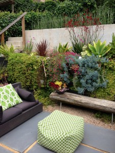 thumbnail for Elegant and Stylish Landscaping